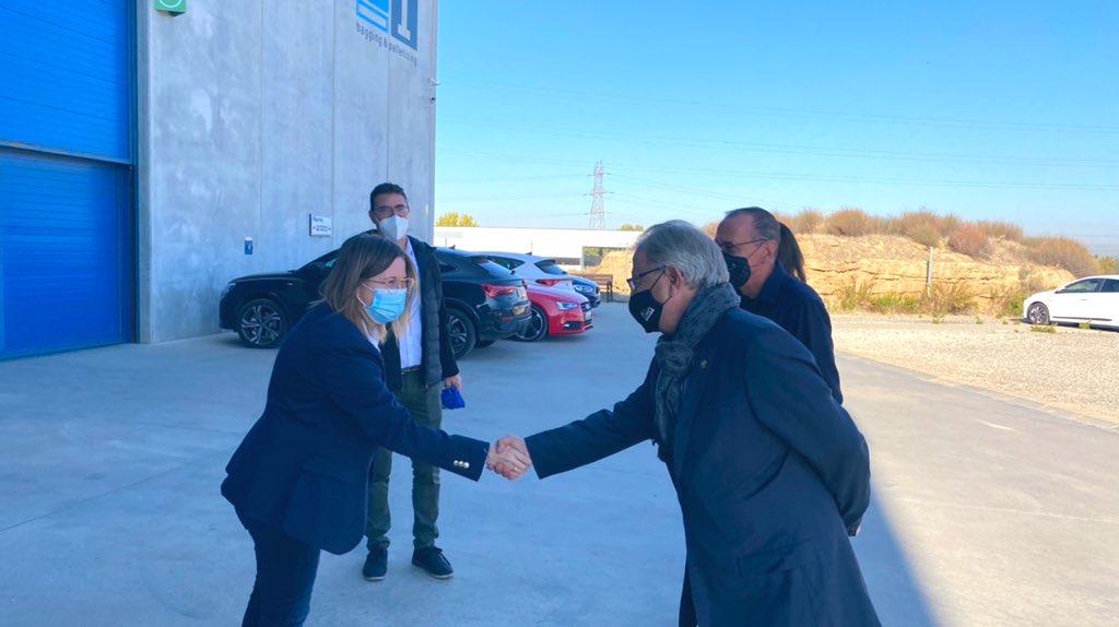 L'alcalde i el Tinent d'Alcalde, Paco Cerdà visiten l'empresa lleidatana d'ensacat i paletitzat TMI